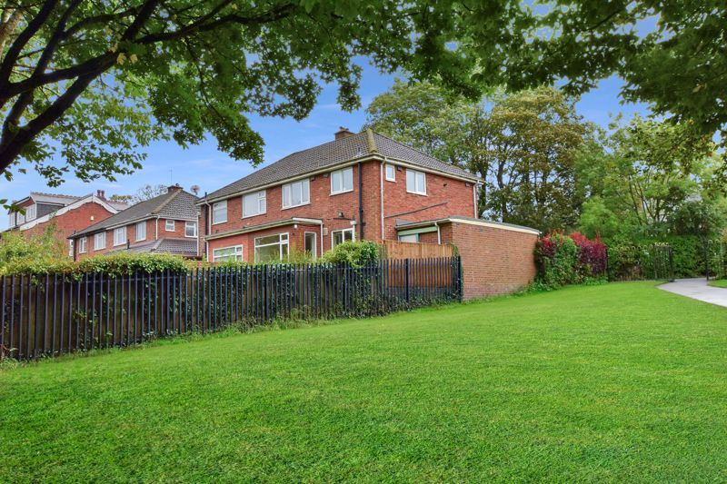 3 bed house for sale in Silverlands Avenue  - Property Image 9