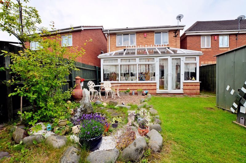 3 bed house for sale in Clay Lane 11