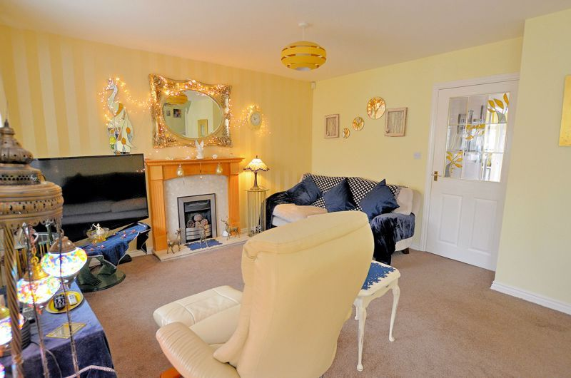 3 bed house for sale in Clay Lane 13