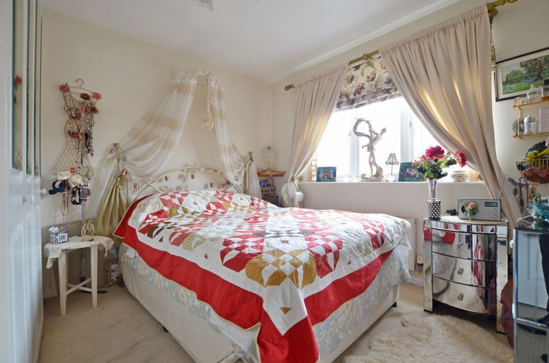 3 bed house for sale in Clay Lane 14