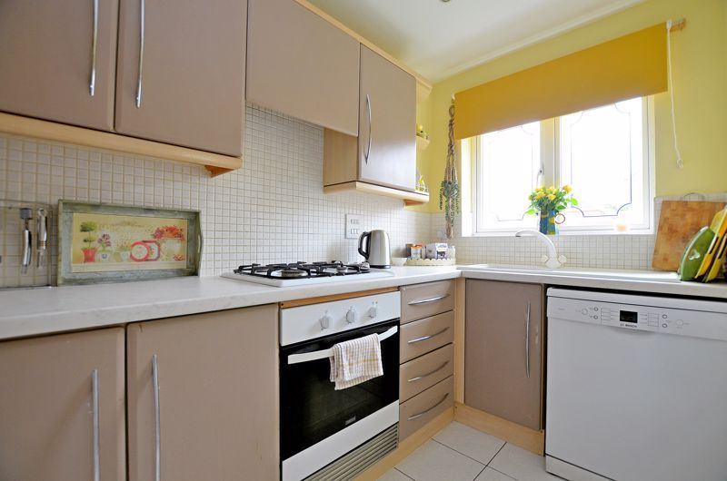 3 bed house for sale in Clay Lane 4