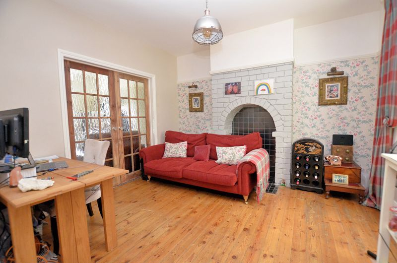 4 bed house for sale in Woodbourne Road  - Property Image 15