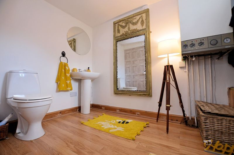 4 bed house for sale in Woodbourne Road  - Property Image 18