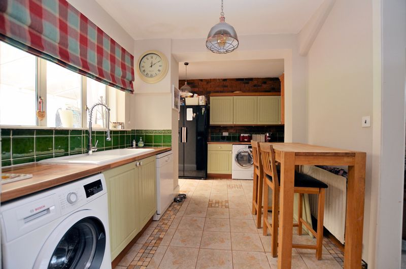 4 bed house for sale in Woodbourne Road  - Property Image 19