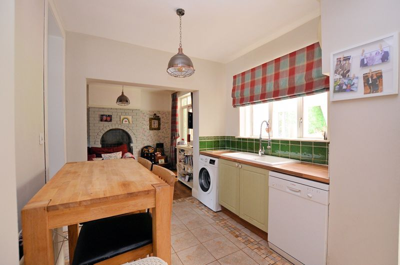 4 bed house for sale in Woodbourne Road 20
