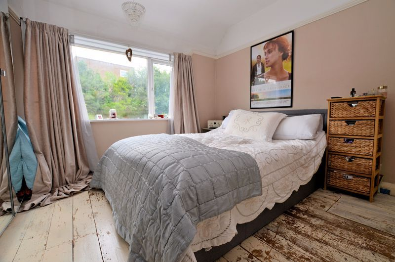 4 bed house for sale in Woodbourne Road 22