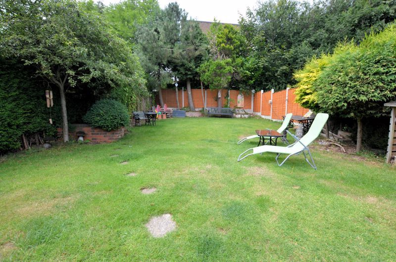 4 bed house for sale in Woodbourne Road 8