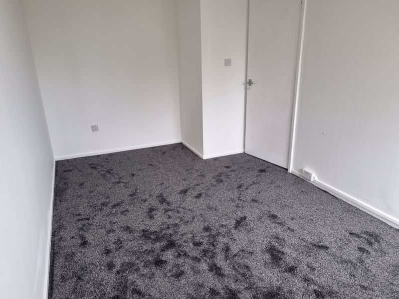 3 bed house to rent in Simmons Drive 13