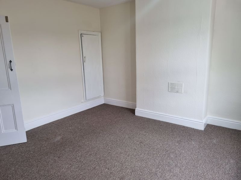 3 bed house to rent in Clyde Street 10