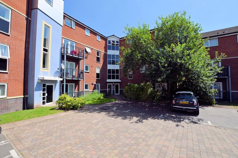 2 bed flat for sale in Kinsey Road, B66