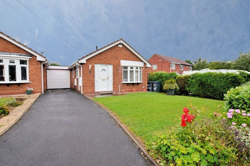 2 bed bungalow for sale in Nailers Close, B32