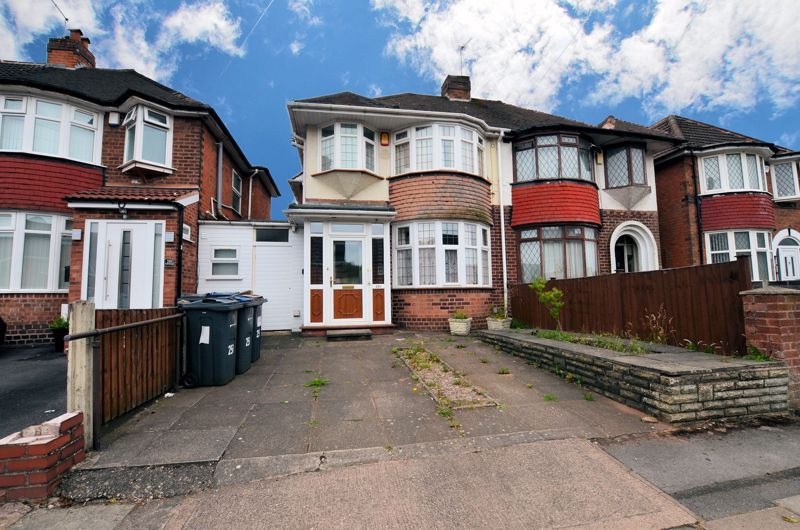 3 bed house for sale in Worlds End Lane, B32