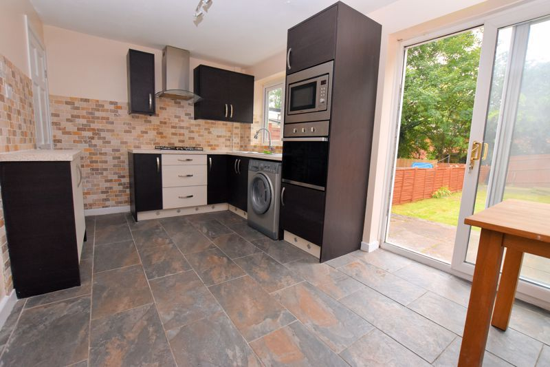 2 bed house to rent in Bunbury Gardens  - Property Image 2