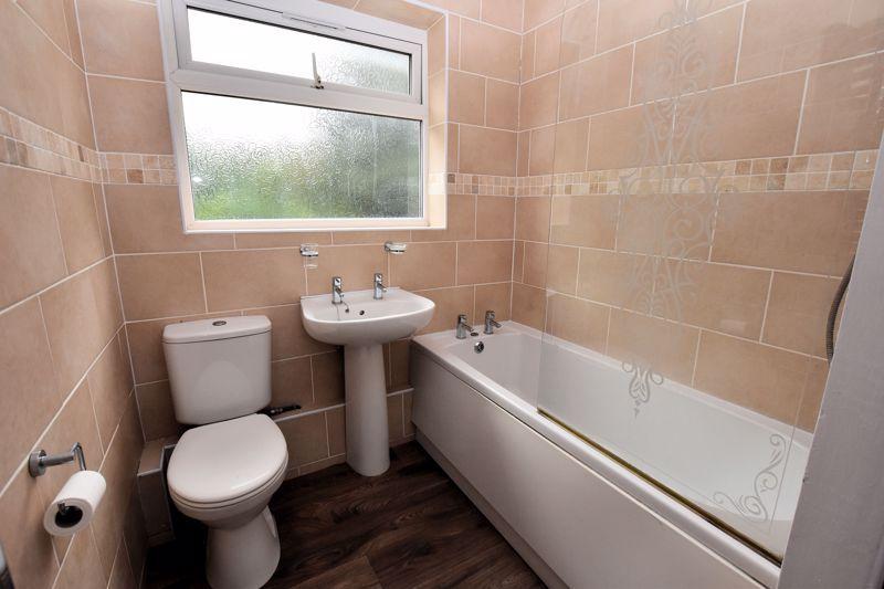 2 bed house to rent in Bunbury Gardens 4