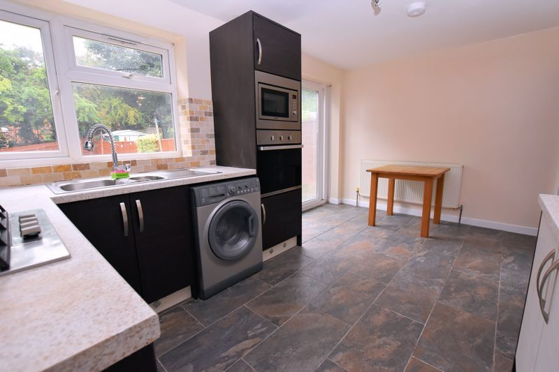 2 bed house to rent in Bunbury Gardens 5
