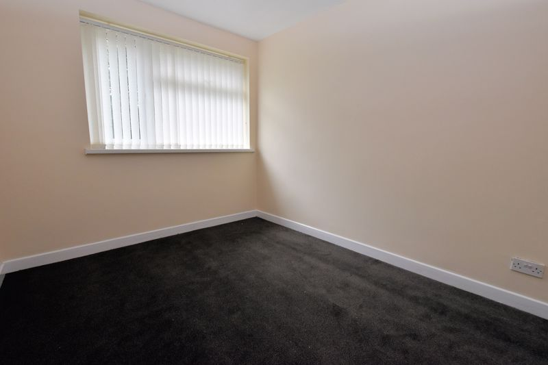 2 bed house to rent in Bunbury Gardens 8