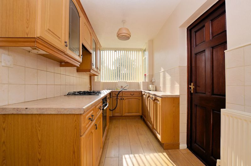 3 bed house for sale in White Road  - Property Image 7