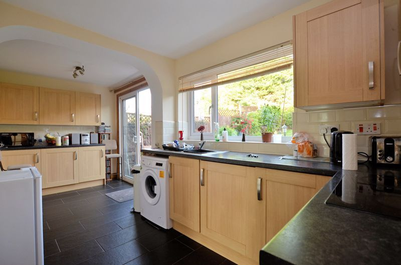 3 bed house for sale in Woodbury Road  - Property Image 7