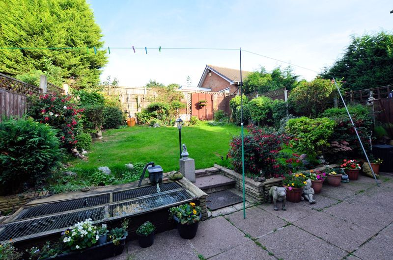 3 bed house for sale in Woodbury Road 8