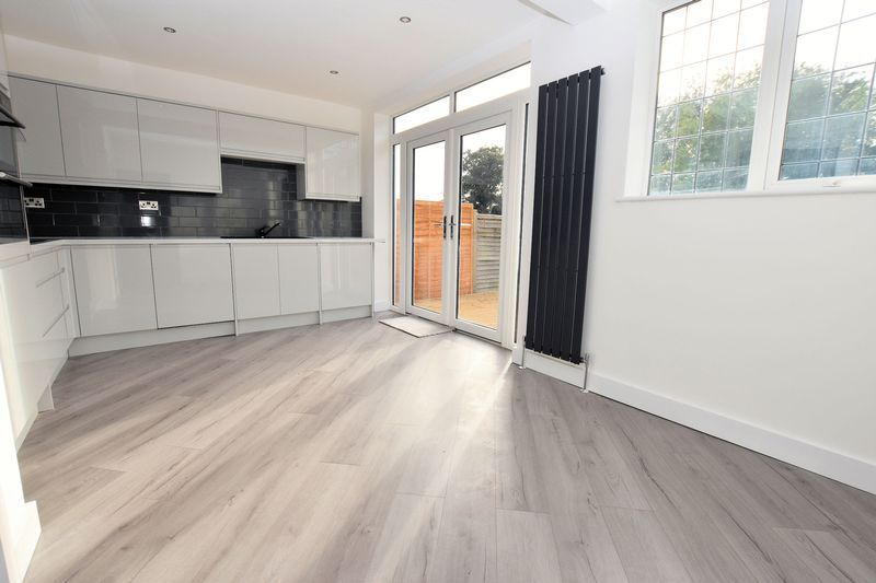 3 bed house to rent in Ridgacre Road 2