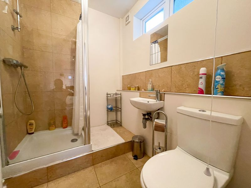 3 bed house to rent in Trejon Road 4