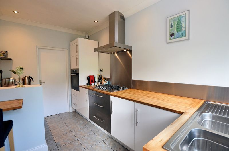 3 bed house for sale in Trevanie Avenue 15