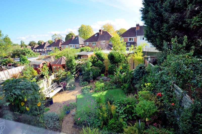 3 bed house for sale in Trevanie Avenue 18