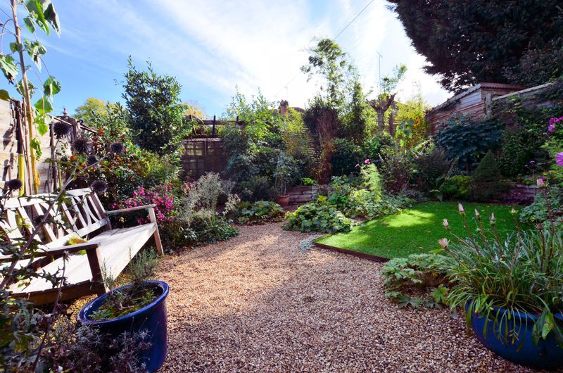 3 bed house for sale in Trevanie Avenue  - Property Image 20