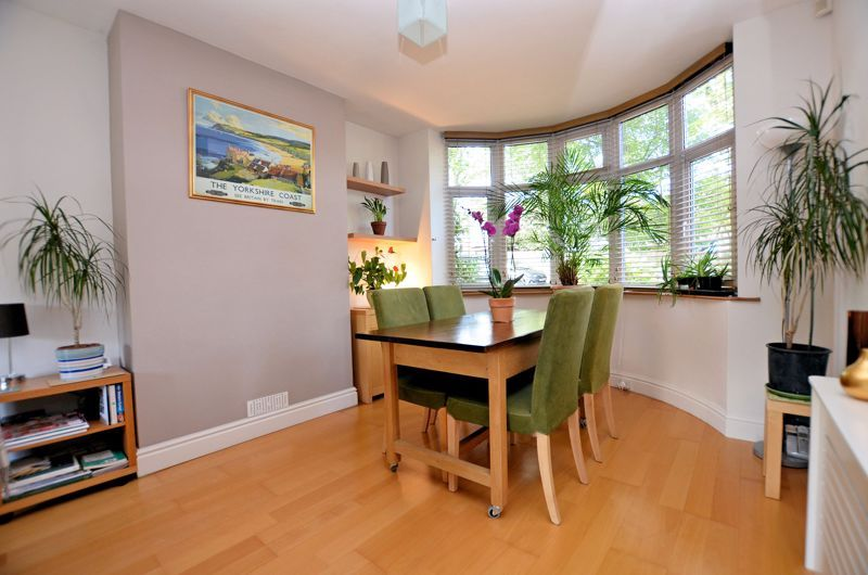 3 bed house for sale in Trevanie Avenue 3