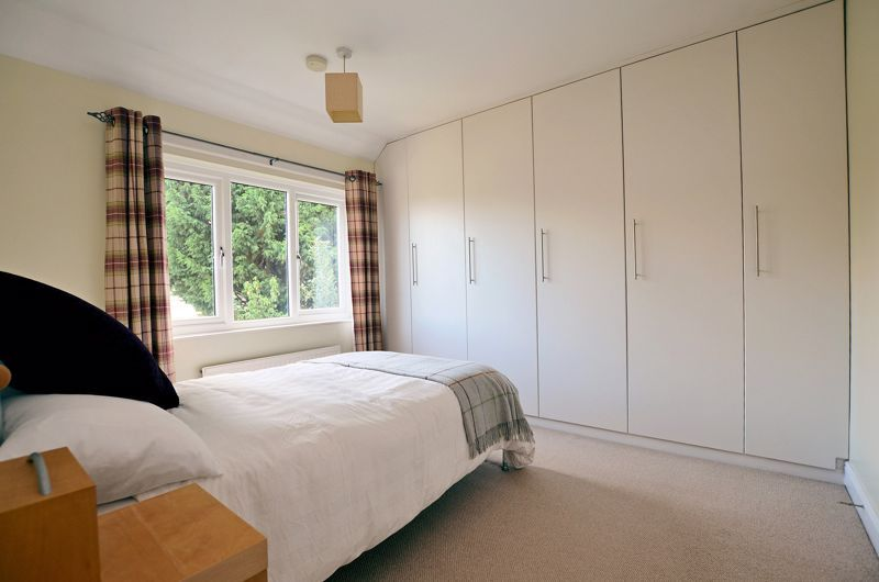 3 bed house for sale in Trevanie Avenue 5