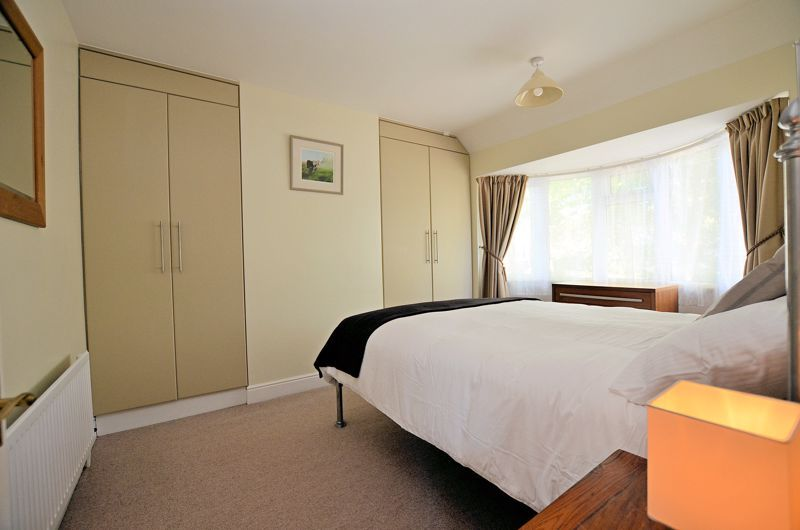 3 bed house for sale in Trevanie Avenue 6