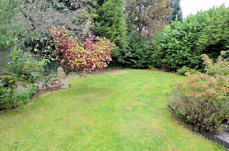 3 bed house for sale in Conway Avenue 11
