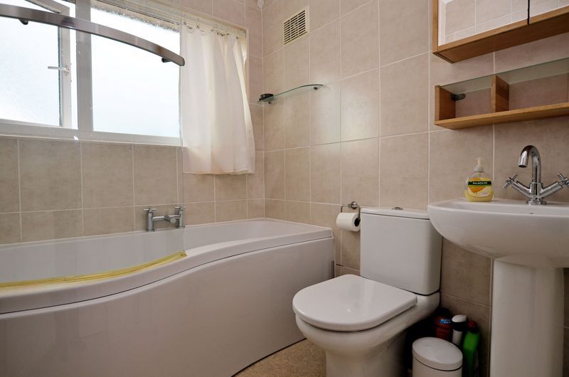 3 bed house for sale in Conway Avenue 8