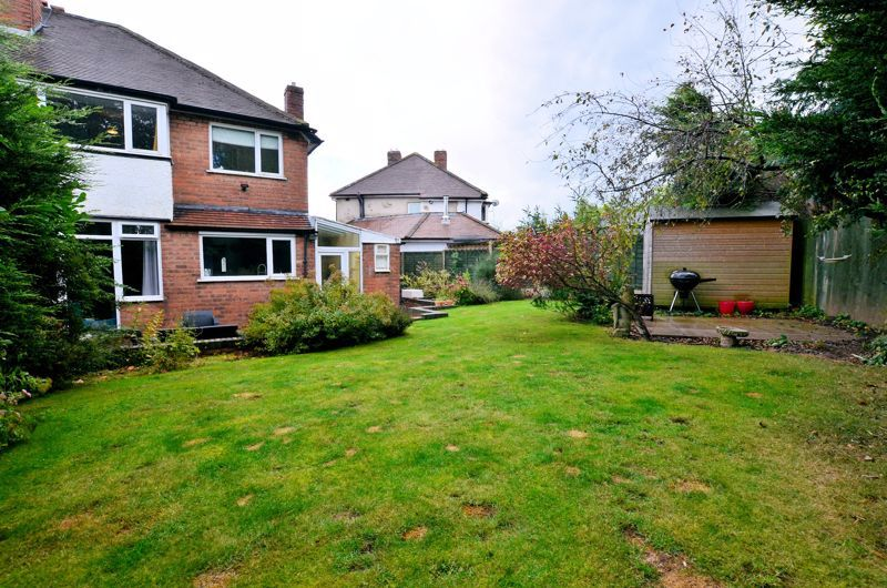 3 bed house for sale in Conway Avenue 10