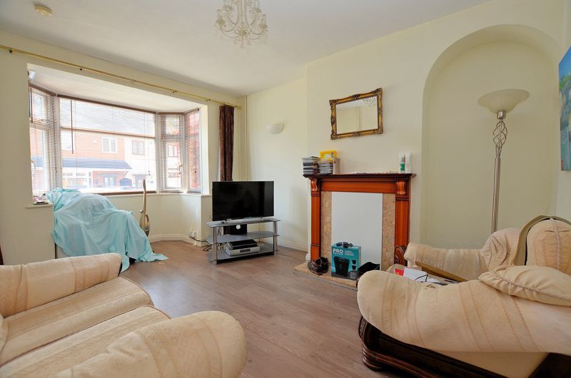4 bed house for sale in St Michaels Crescent  - Property Image 2