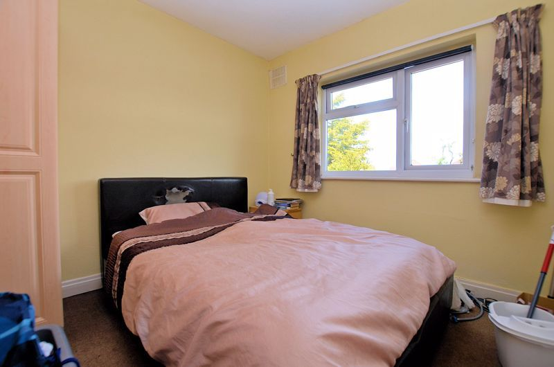 4 bed house for sale in St Michaels Crescent 11