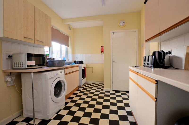 4 bed house for sale in St Michaels Crescent  - Property Image 3