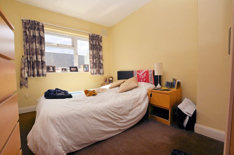 4 bed house for sale in St Michaels Crescent 6