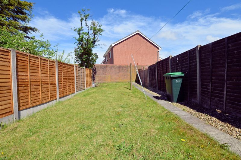 4 bed house for sale in St Michaels Crescent 8