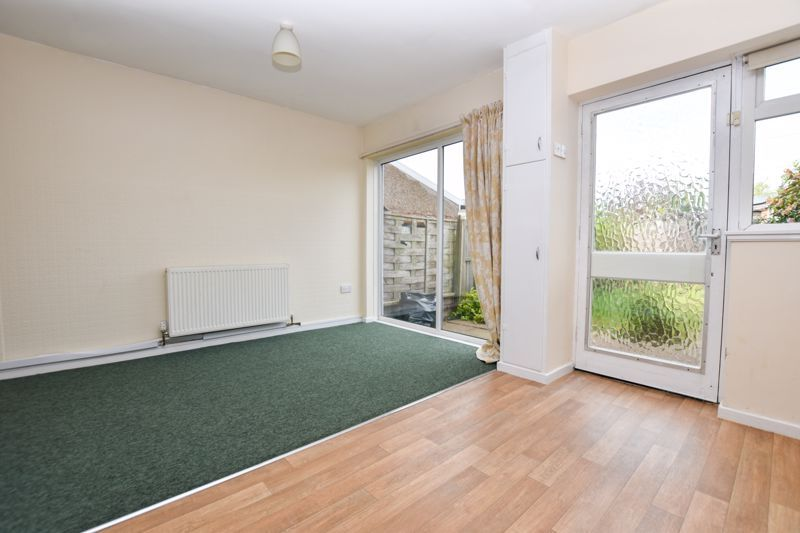 2 bed house to rent in Collins Close  - Property Image 6