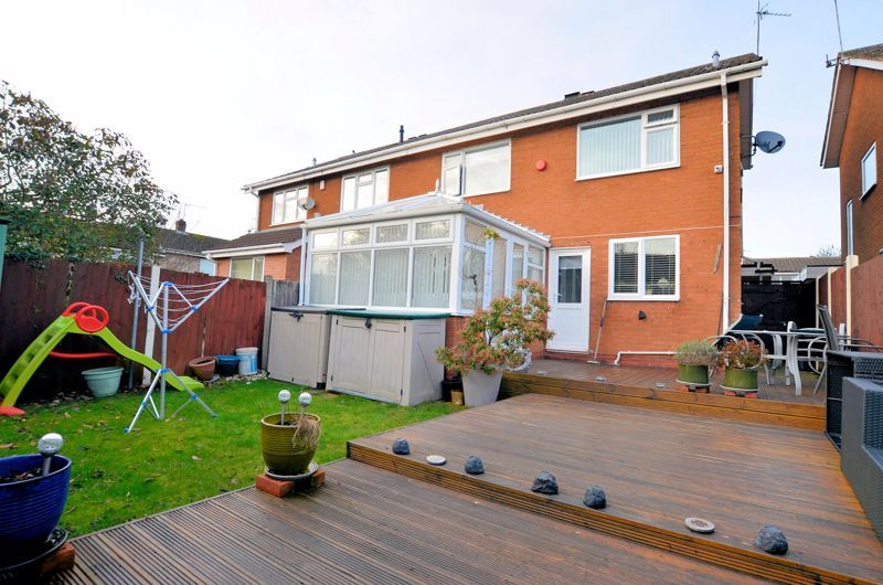 3 bed house for sale in Chichester Drive 15