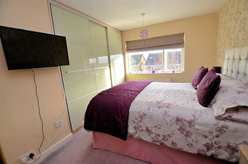 3 bed house for sale in Chichester Drive  - Property Image 17