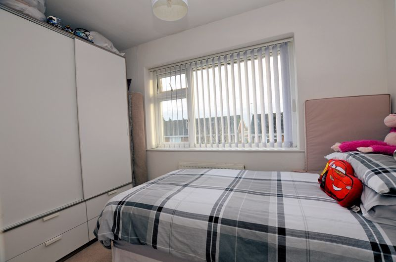 3 bed house for sale in Chichester Drive 18