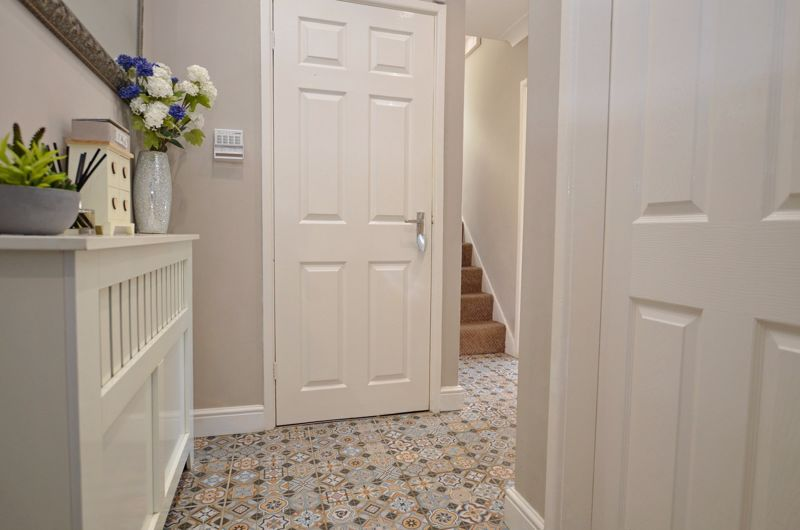 4 bed house for sale in Alder Grove  - Property Image 18