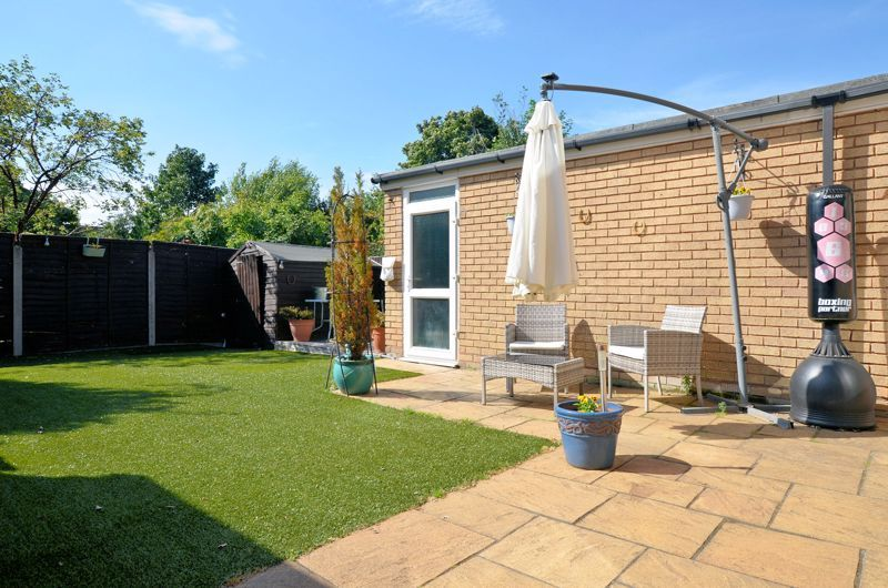 4 bed house for sale in Alder Grove 7