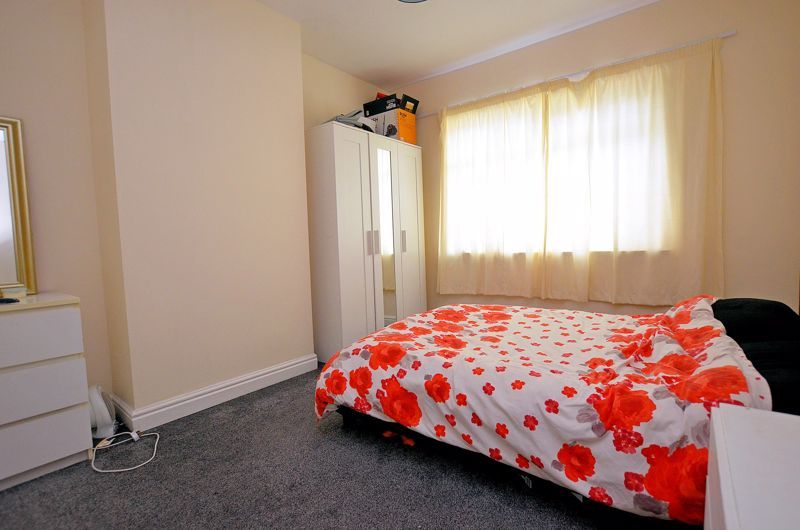 4 bed house for sale in Woodgreen Road 14