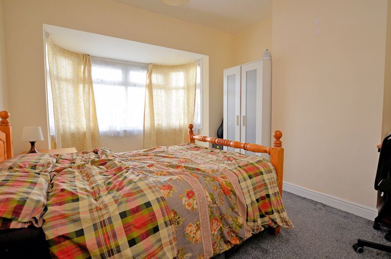 4 bed house for sale in Woodgreen Road 6