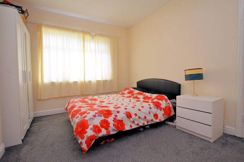 4 bed house for sale in Woodgreen Road  - Property Image 7