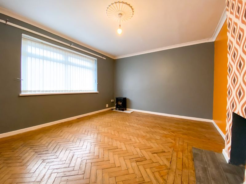 3 bed house to rent in Fleming Road  - Property Image 5