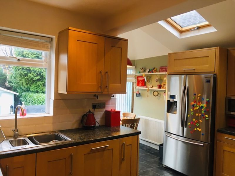 3 bed house for sale in Whitley Court Road  - Property Image 5